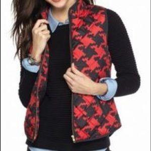 NWOT Crown & Ivy XL black & red houndstooth vest